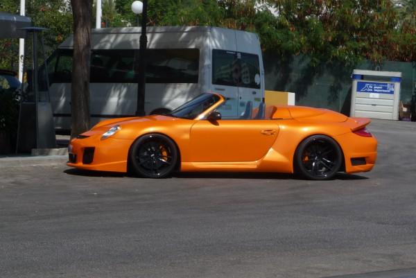 Ein auffälliger Porsche: Den habe ich im spanischen Strandparadies Marbella entdeckt.