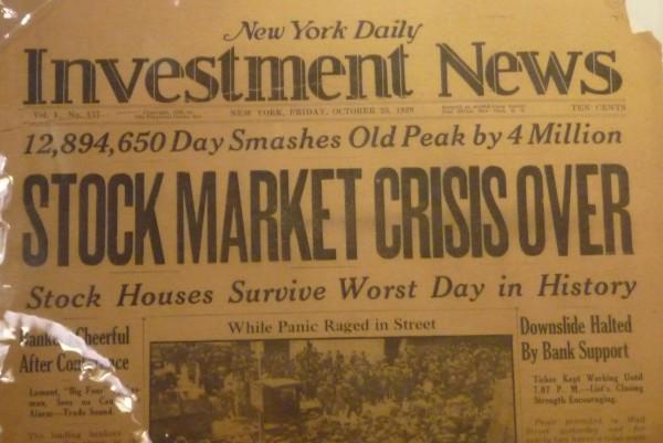 New York Daily verkündet: Aktien-Krise ist vorbei. Das war am 25. Oktober 1929. Den Ausschnitt habe ich im Museum of American Finance entdeckt.