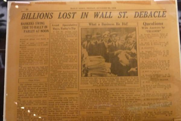 New York Daily verkündet: Aktien-Krise ist vorbei. Am 25. Oktober 1929. Den Ausschnitt habe ich im Museum of American Finance entdeckt.