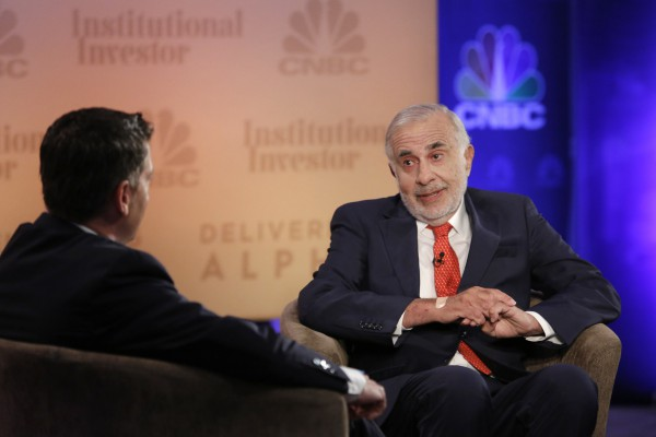 CNBC EVENTS -- Delivering Alpha -- Pictured: CNBC Institutional Invester Delivering Alpha conference keynote speaker Carl Icahn, Chairman, Icahn Enterprises, and CNBC's Scott Wapner on July 17, 2013 in New York. -- (Photo by: Heidi Gutman/CNBC)