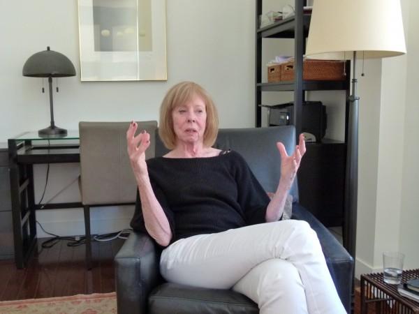 Der berühmte New Yorker Therapeutin und Bestsellerautorin Colette Dowling rät: Arbeite. Spare. Verlasse Dich auf niemanden. Übernehme Verantwortung.