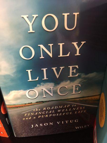 Jason Vitug schrieb ein schönes Buch über den Sinn des Lebens und Geld.
